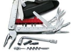 Multi-herramienta SwissTool Plus 3.0339.N